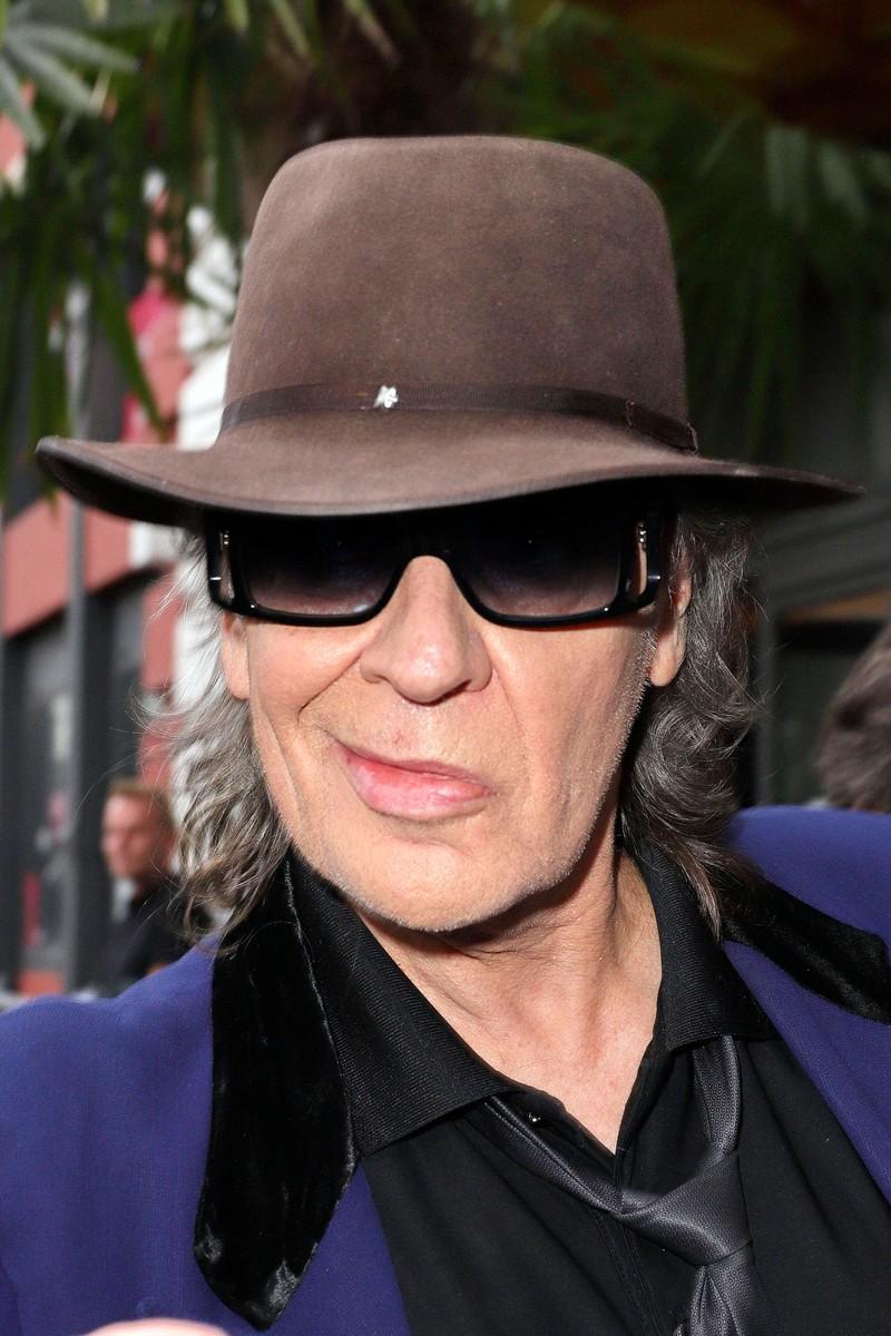 Udo Lindenberg mit Brille und Hut - Wie man ihn kennt