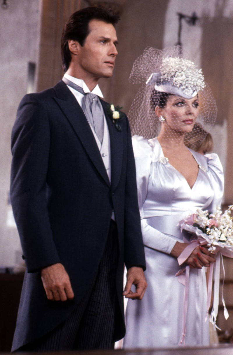 Joan Collins spielte Alexis Morell Carrington Colby Dexter Rowan