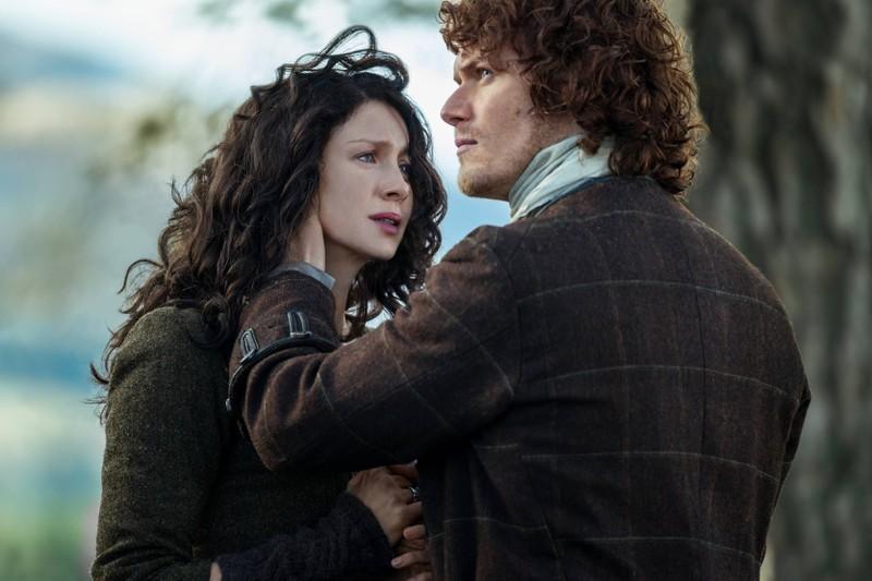 """""""Outlander"""" erzählt die Geschichte von Claire und Jamie."""