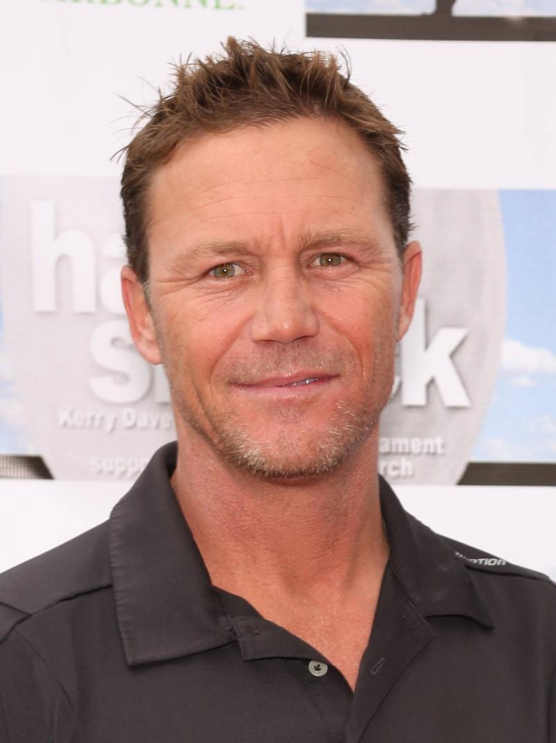 """Brian Krause spielte in einigen kleineren Serienrollen sowie in """"Denver Clan"""" mit."""